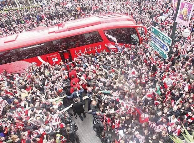 Bus Athletic Moyua